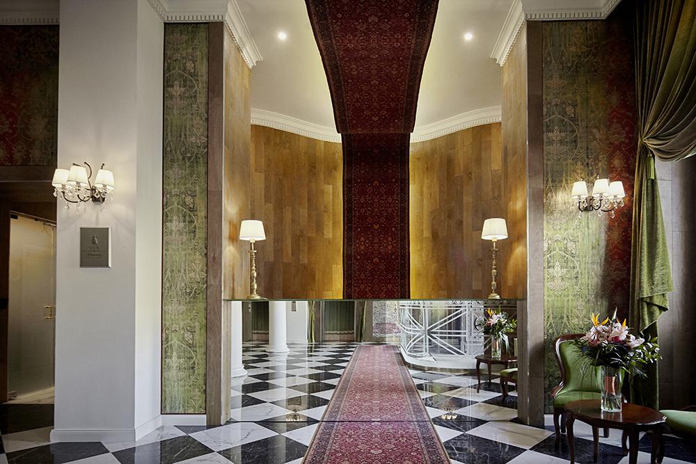 Mystery_Hotel_Budapest_reception