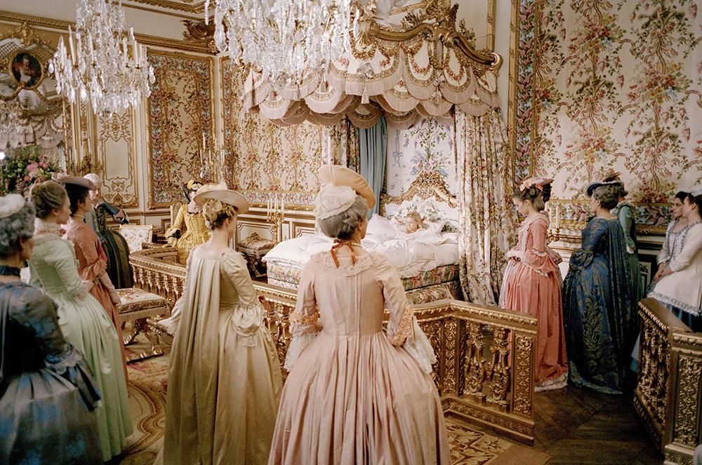 Marie Antoinette_Sofia Coppola_movie_film_Kirsten Dunst_Versailles_palace_etiqquette_palota_etikett-dauphine