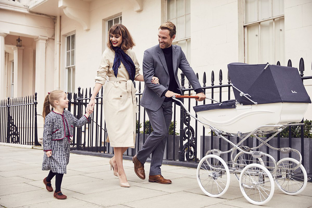 Marie Chantal Greece_crown princess_baby trolley_Silver Cross_London