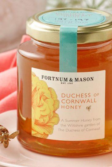 Camilla_Duchess of Cornwall_Honey_Fortnum Mason_méz_hercegné